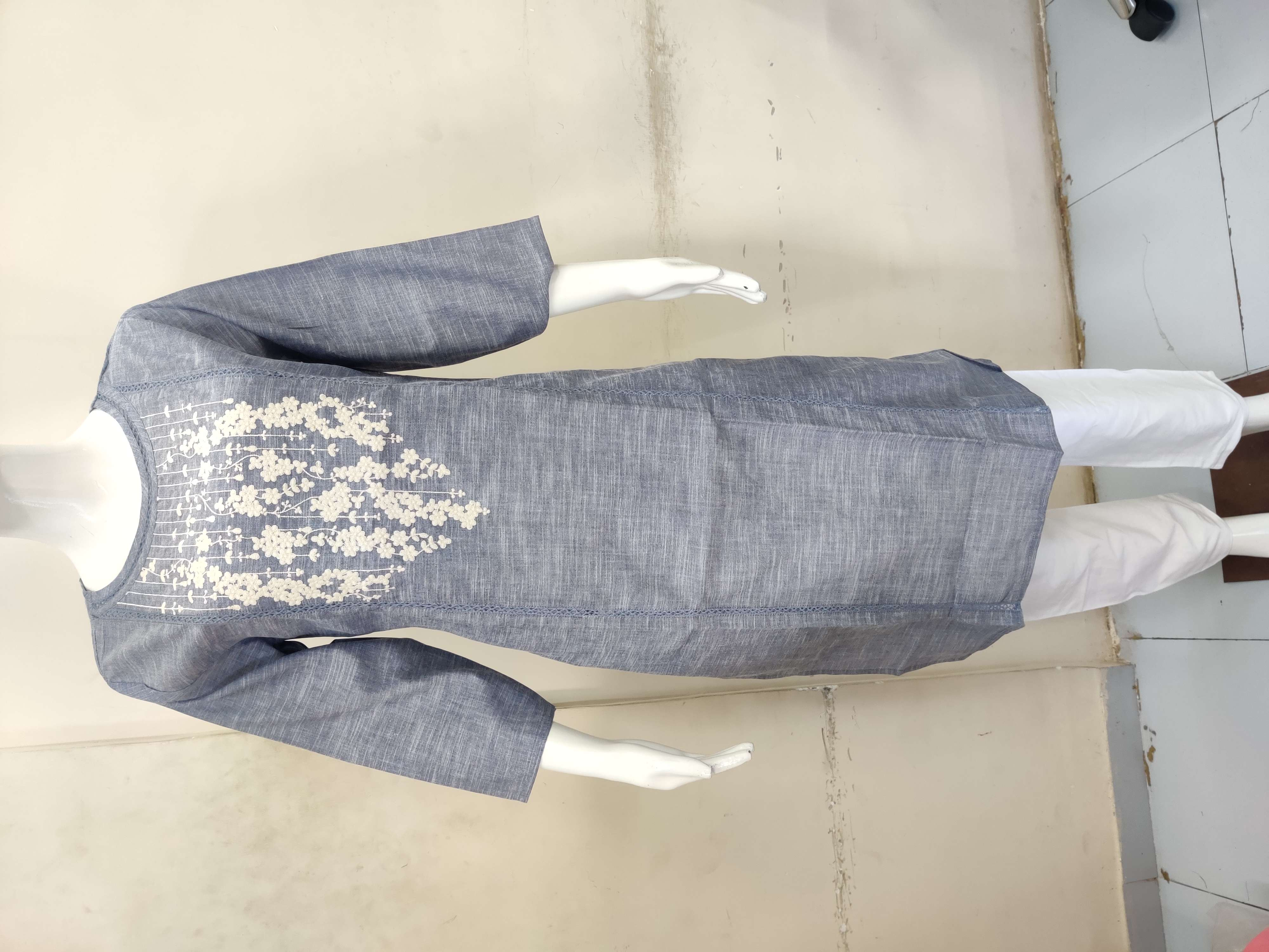Heavy Cotton Top With Embroidery And Pant