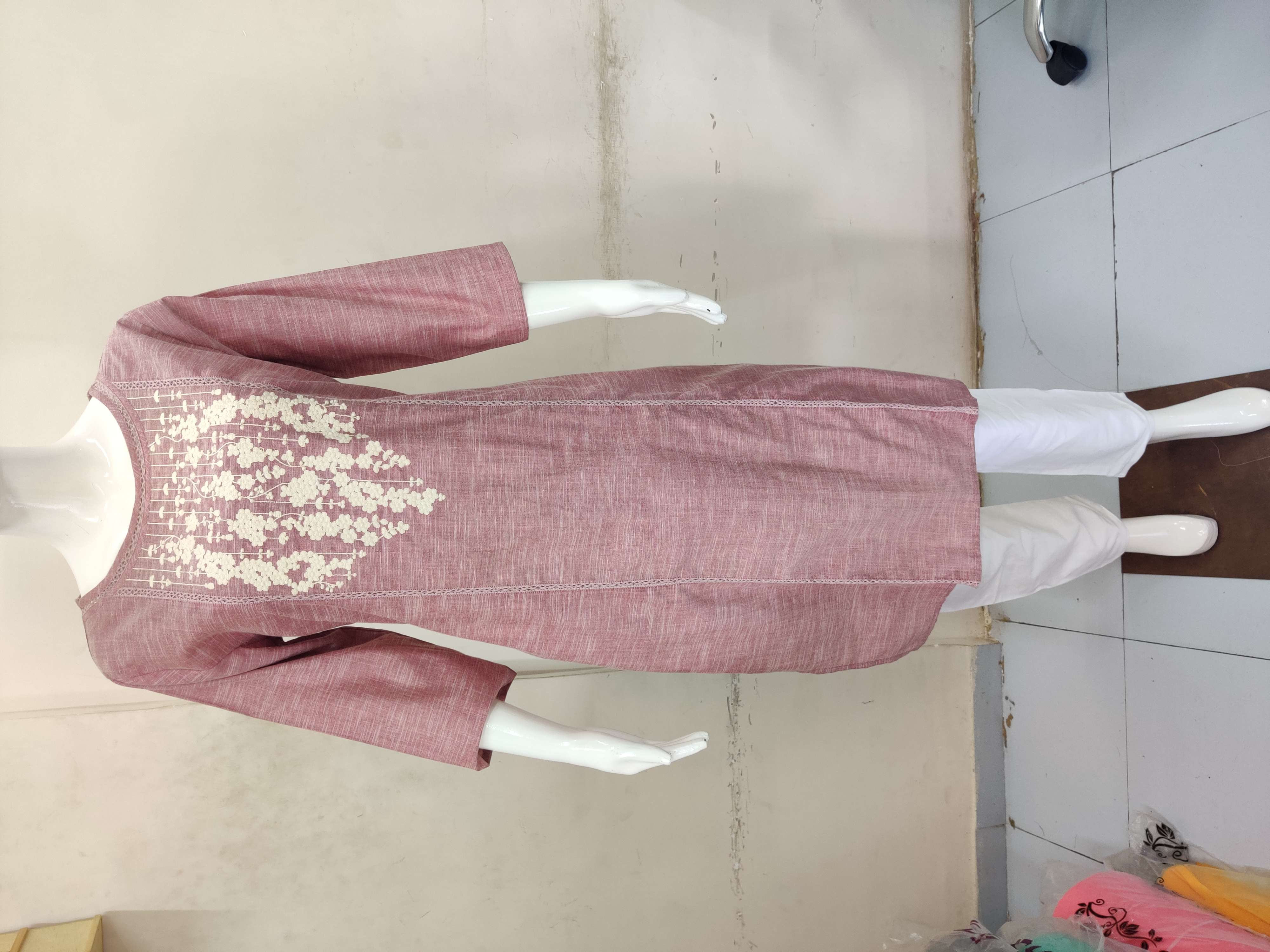 Heavy Cotton Top With Embroidery And Pants