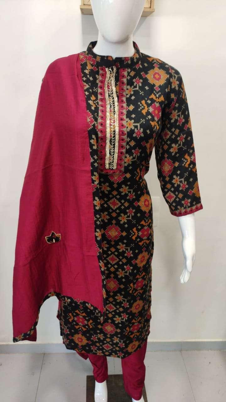 Pashmina Kurti With Pants And Applique Work Dupata